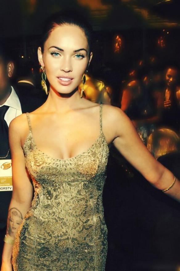 #Beauty #Seductress